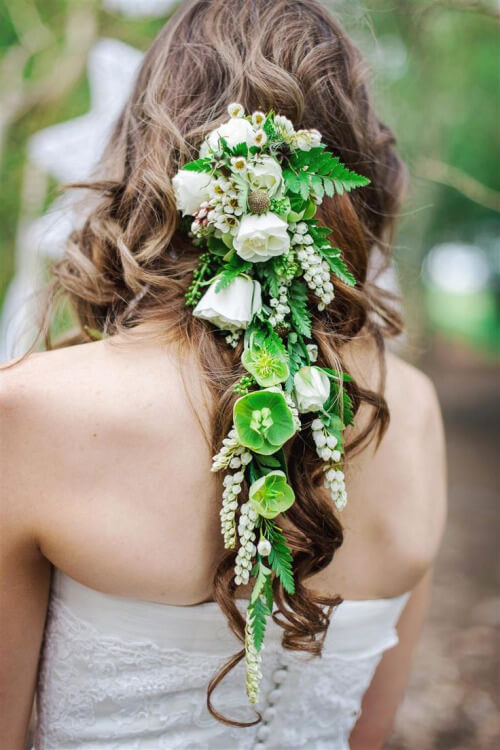 How to Choose the Perfect Wedding Hair Accessory