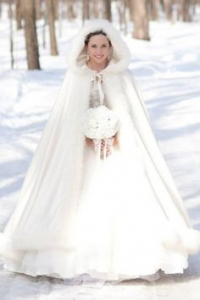 stay warm during your winter wedding