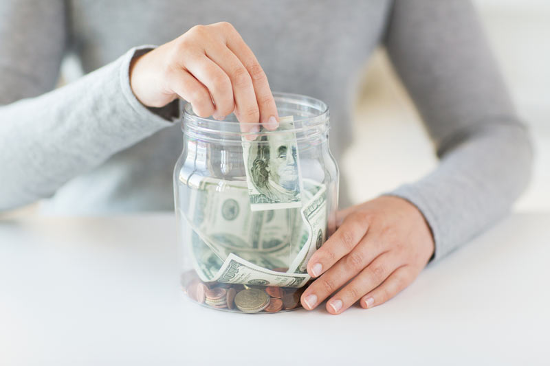 managing a budget when planning a wedding