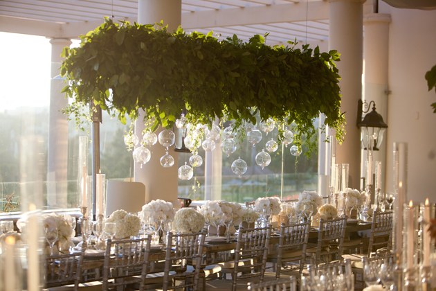 using greenery to decorate your wedding