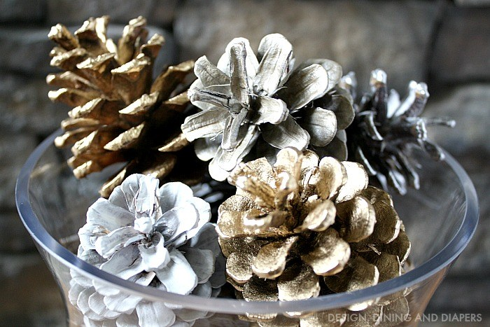 Spray-Painted-Pine-Cones weddingfor1000.com