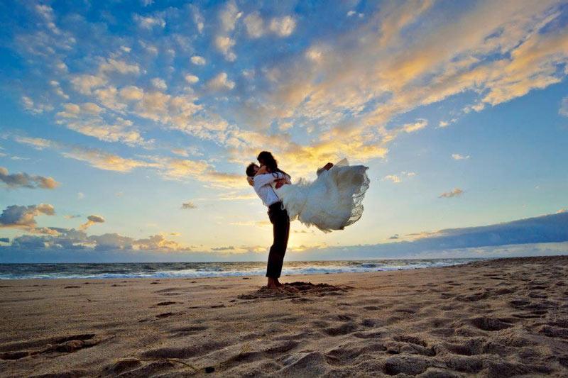 having a budget destination wedding? weddingfor1000.com