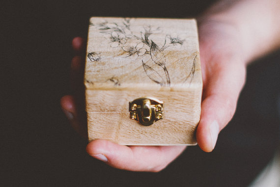 ring box wedding ring pillow alternative