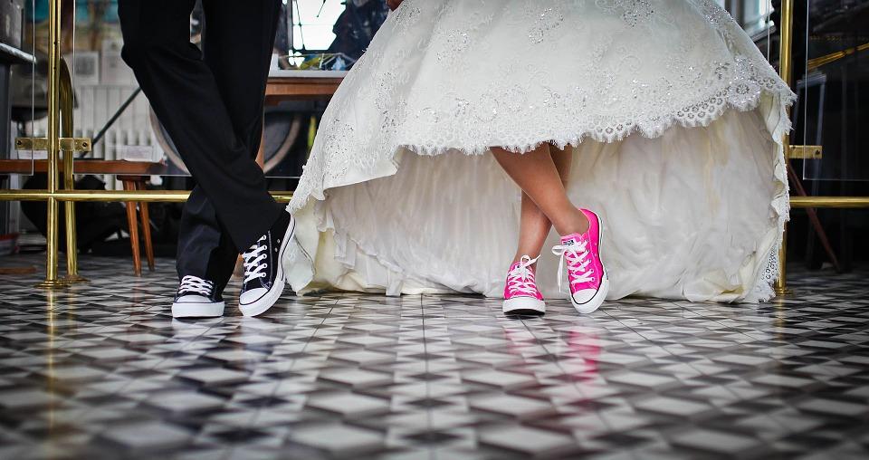 wedding reception venue flower options