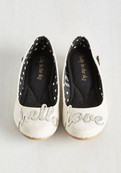 ideas for fun and funky wedding flats - weddingfor1000.com