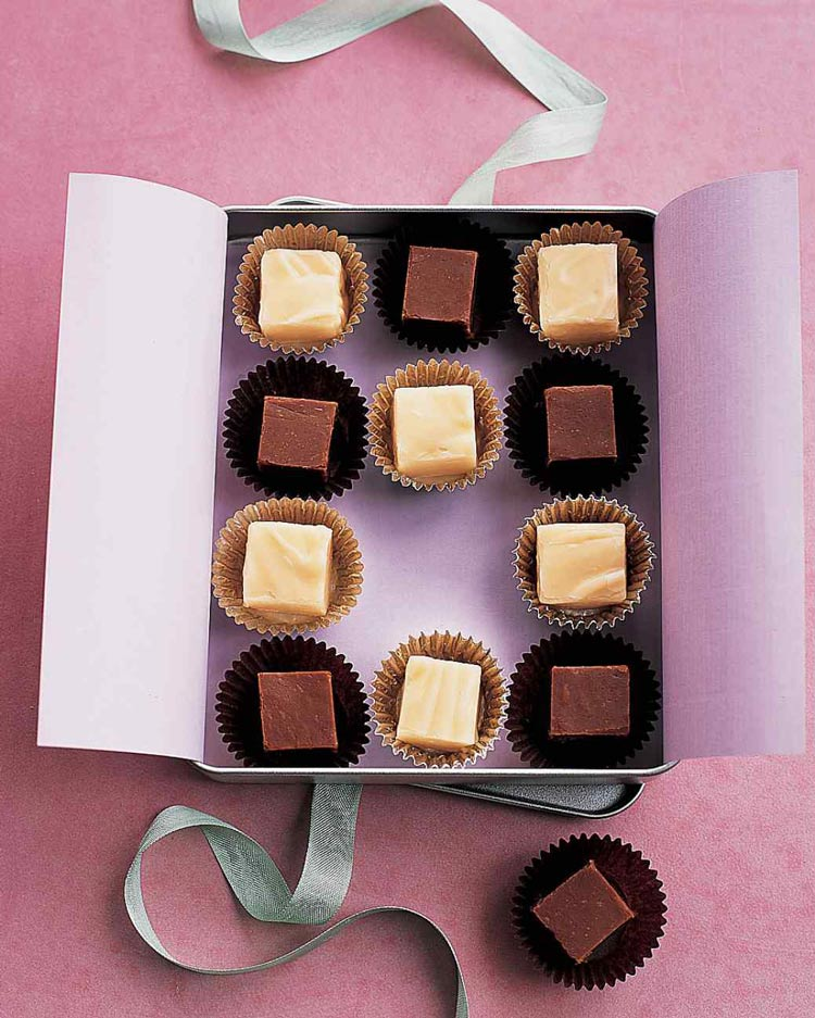 delicious ideas for fudge guest favors - weddingfor1000.com