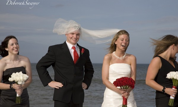 silly and fun wedding photography - weddingfor1000.com