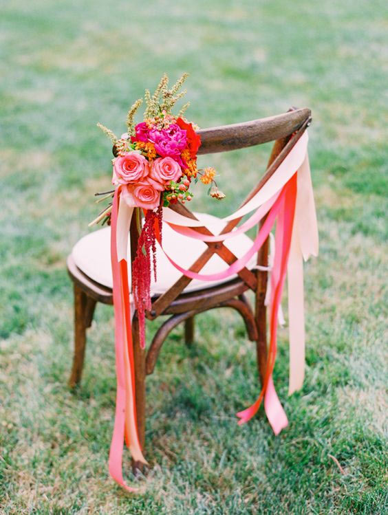 Decorate your chairbacks at a fraction of the price - DIY projects made easy! weddingfor1000.com