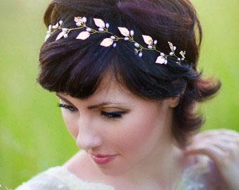 Short, Chic Wedding Hair Styles