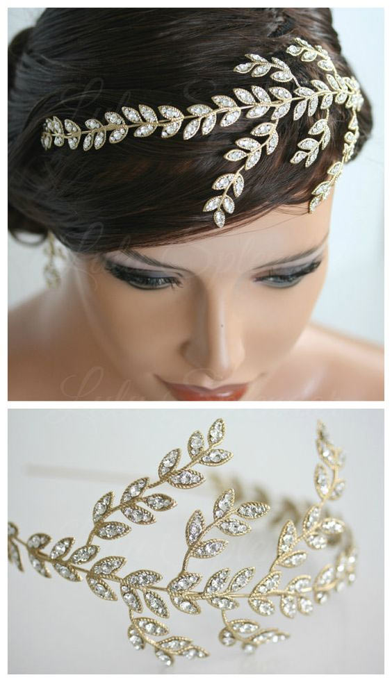 Accessories are perfect in short wedding hair styles