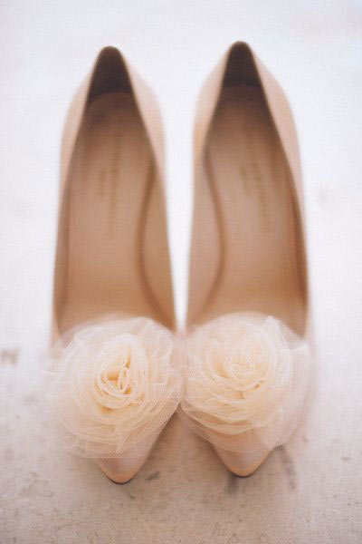 your wedding look - tulle accent on shoes
