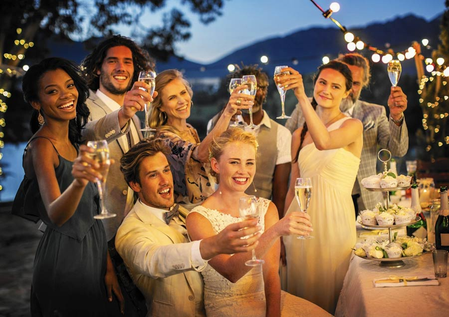 What do guests hate most about weddings? Not what you'd think. weddingfor1000.com