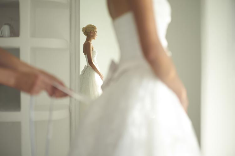 Real Brides Talk About Their Real Budget Weddings - weddingfor1000.com