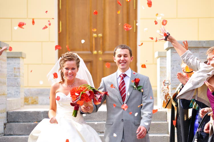 How to find great wedding photography on a budget - weddingfor1000.com