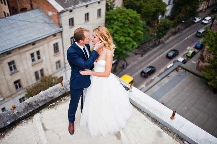 Awesome Ideas for a City Hall Wedding - weddingfor1000.com
