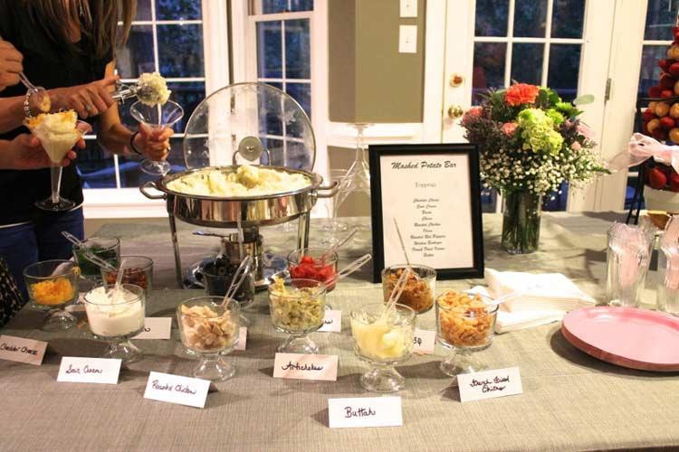 5 Delicious and Creative Cocktail Wedding Reception Combos - weddingfor1000.com